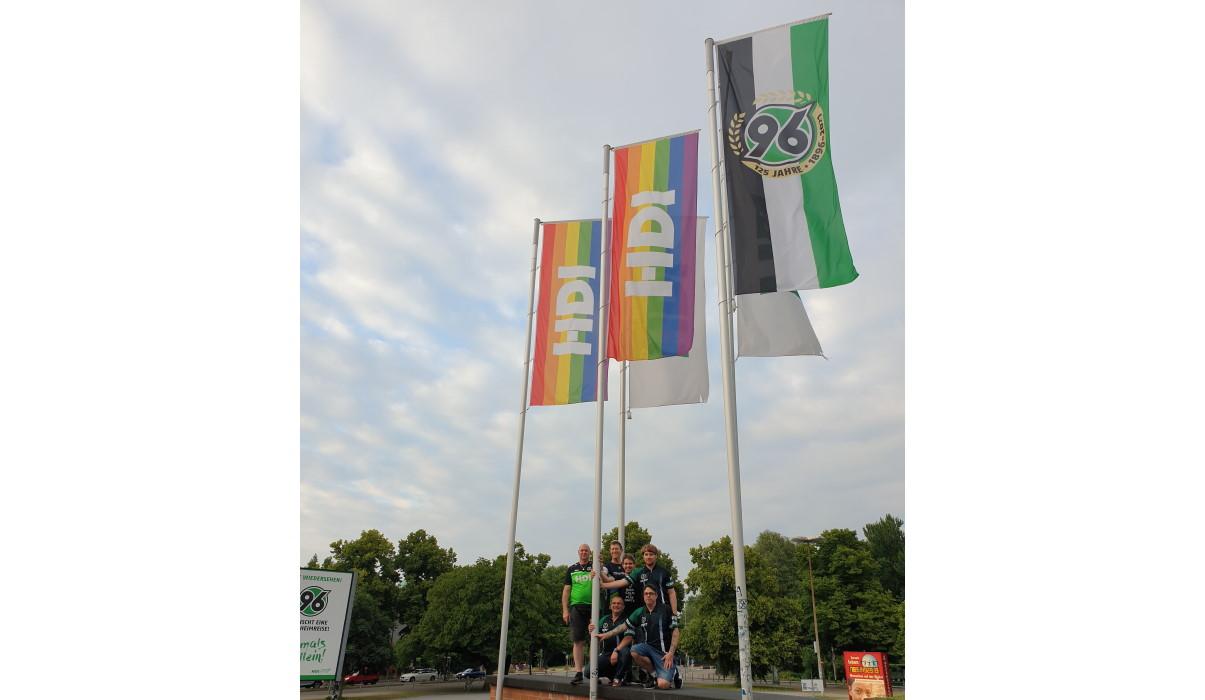 Read more about the article Wir sind nicht allein!